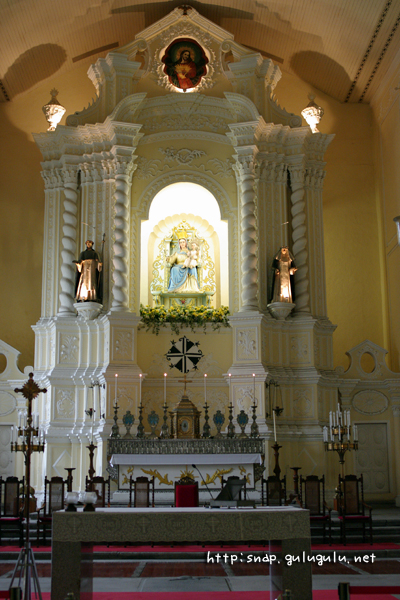 バラの聖母像