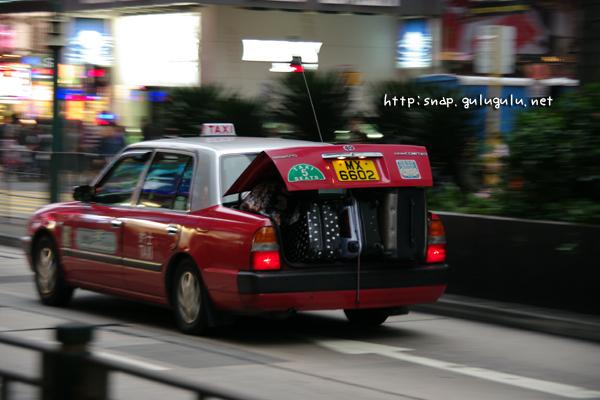 違法タクシー
